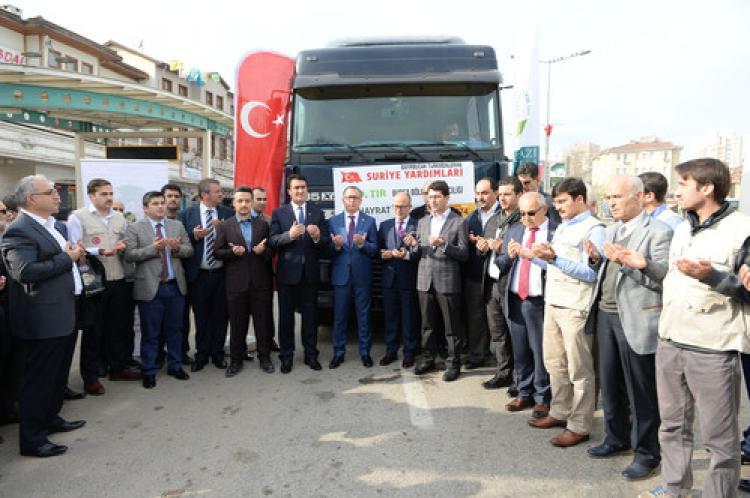 Bursa'dan Türkmenler'e yardım