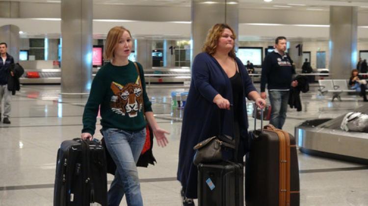 Moskova havalimanında zorluk çıkarılıyor