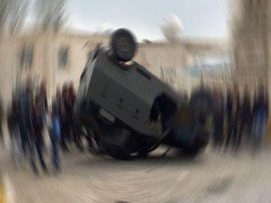 Mardin'de askeri araç devrildi