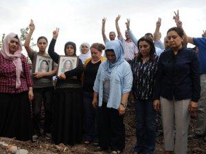 Canlı bombanın cenazesini HDP ve DBP'li başkanlar taşıdı