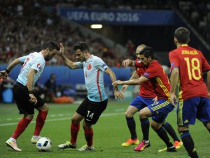 İspanya: 3 - Türkiye: 0