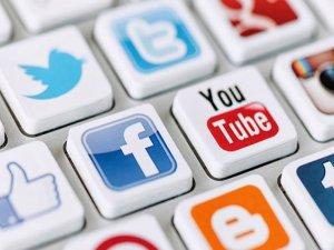 """""""Sosyal medyada farklı bir e-posta kullanılmalıdır"""""""