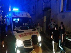 Bursa'da yol kapatma kavgası : 2 yaralı