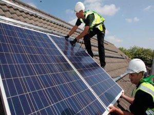 Çatı tipi güneş panelleri ile temiz enerji