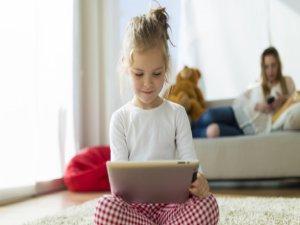 Çocuklar Teknoloji Bağımlısı Olmasın 32