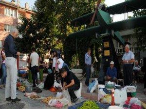 Bursa'da 700 yıllık pazar!