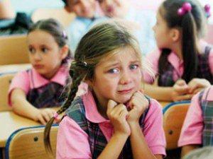 Bu belirtiler okul fobisi işareti!