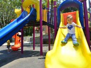 Yıldırımlı minikler için güvenli oyun alanları