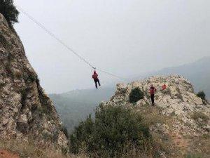Uludağ'da yaralı kurtarma tatbikatı