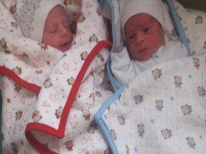 Bursa ikizlere ağlıyor!