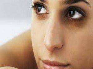 Göz altı morlukları kaderiniz olmasın