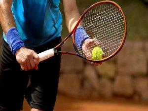 Tenis oynarken bunlara dikkat edin!