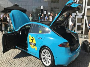 Lüks taksi plakaları ek kaynak yaratabilir...