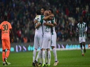 Bursaspor kupada eski günlerini arıyor