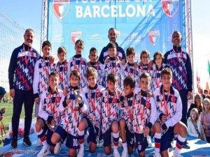 Bursalı minikler Barcelona'dan gururla döndü