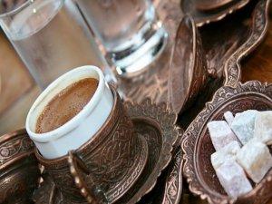 Bir kolaya ve kahveye 30 bin lira!