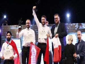 İtalya'daki yarışmada dünya birincisi oldu