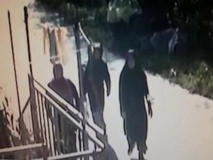 Hırsız çetesi kameralara yakalandı!
