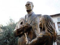 Atatürk Parkı'na Atatürk heykeli yakışır