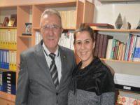 Bursa'da baba kız muhtarlık için yarışacak!
