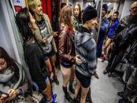 Pantolonu indiren metroya bindi!