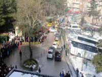 Bursa'da kuyruğun sonu görünmüyor!