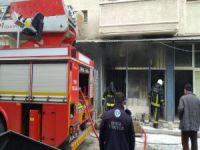 Bursa'da icra deposu yandı