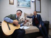 Aktaş'tan 'fenomen dede'ye ziyaret