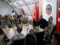 Bakan Akar'dan sınırda önemli açıklamalar