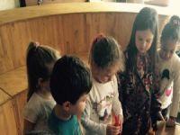 Çocuk için oyun beslenme kadar önemli