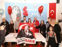 Türkyılmaz'dan Sevgililer Günü sürprizi