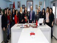 Türkyılmaz'dan kadınlara 8 mart izni