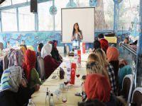 Mudanya Belediyesi'nden kadın hakları eğitimi
