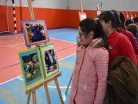 Bursa Kent Konseyi okulları süslüyor