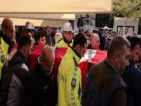 Polis memuruna gözü yaşlı veda