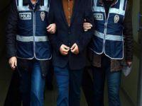 İzmir merkezli operasyon : 20 gözaltı