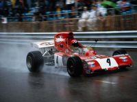 Formula 1'in efsane ismi öldü!