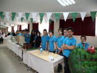 Aktaş'tan genç tasarımcılara ziyaret