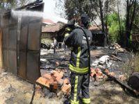 Bursa'da tarım ilaçları deposu yandı