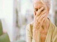 Alzheimer kadınlarda daha sık görülüyor