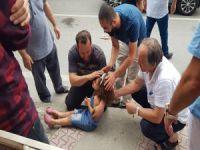 Bursa'da abla kardeşe araba çarptı