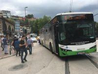 Bursa'da halk otobüsü çarpıp kaçtı!