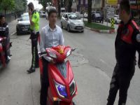 Polis çakarlı elektrikli bisiklete ceza
