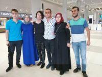 Serbest bırakılan 6 Türk yurda döndü