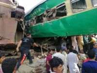 Pakistan'daki tren kazası