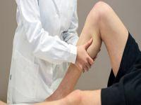 Bacaklardaki şişlik hastalık belirtisi olabilir!