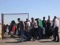 Suriyelilerin bayram yolculuğu başladı