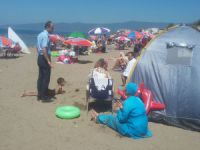 Bursa'da zabıtadan sahildeki çadırlara müdahale