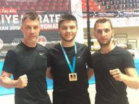 Bursalı genç karateciye millî görev
