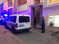 Bursa'da cezaevinden çıkan karısını vurdu